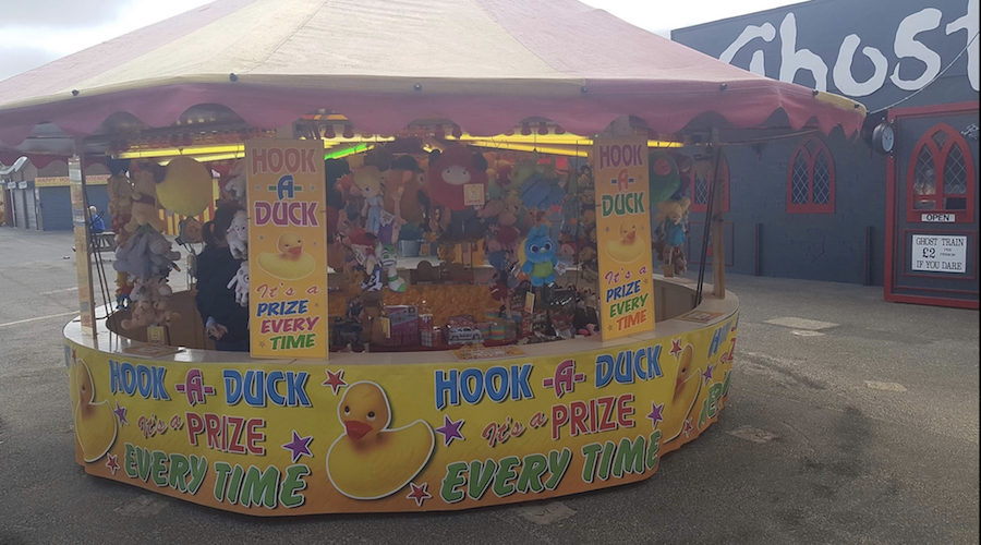 HOOK A DUCK AT MABLETHORPE FAIR