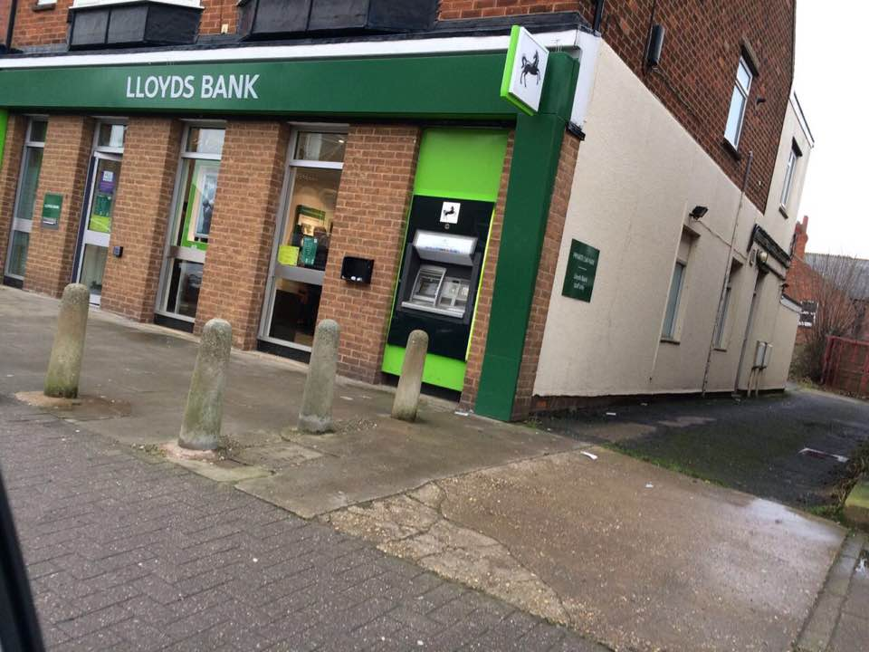 ATM AT LLOYDS BANK