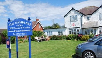 GUEST HOUSE AND HOTEL ACCOMMODATION IN MABLETHORPE