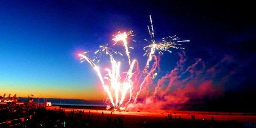 GRAND ILLUMINATIONS LIGHT SWITCH ON AT MABLETHORPE